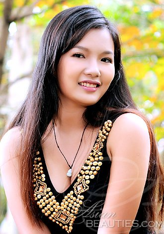 Asian girl looking for man